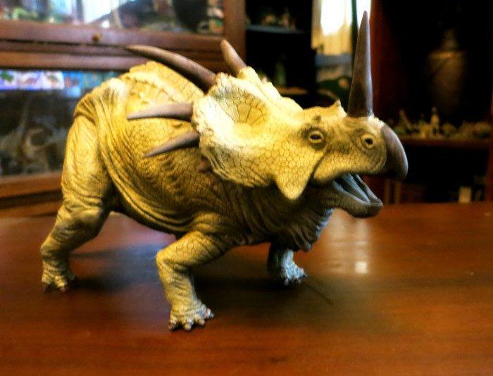 Styracosaurus Kaiyodo model