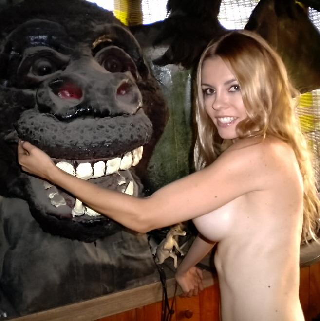 ape-head