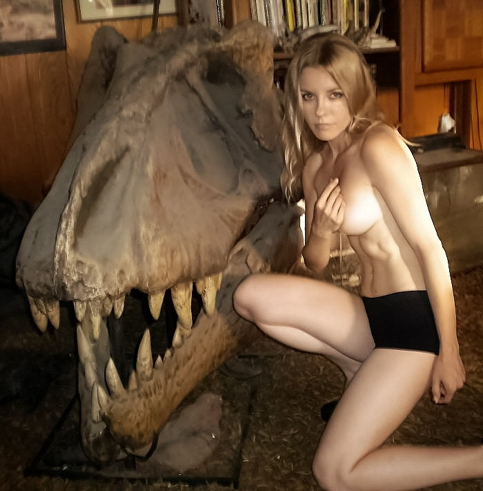 Tyrannosaur-skull1